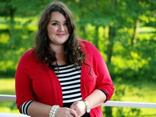 How to wear stripes if you are a plus size
