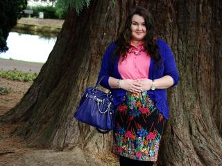 655:Floral plus size skirt